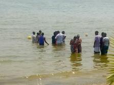 Water baptisms   Lake Victoria, Uganda